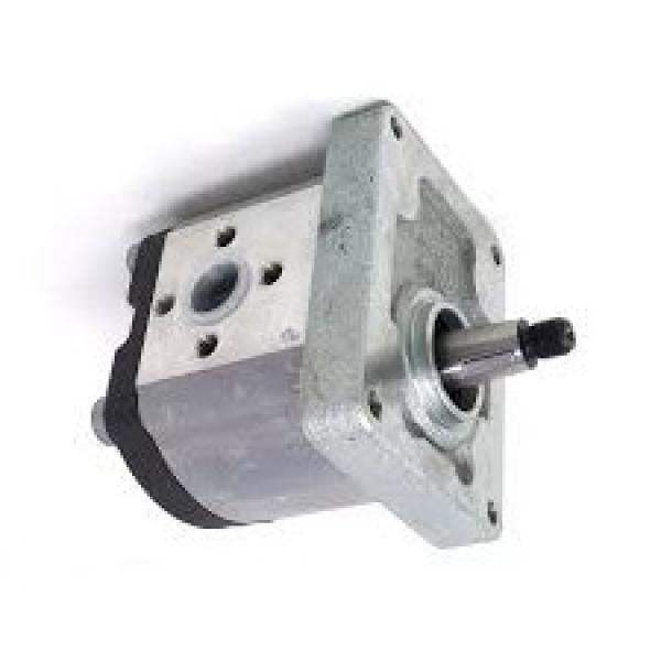 POMPA CARBURANTE MASSEY FERGUSON 65 165 765 50 Trattore Perkins Engine 4.203 Series #1 image